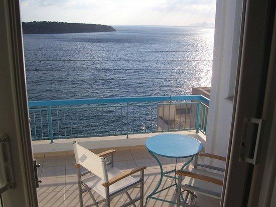 Pergola Hotel : Balcony!