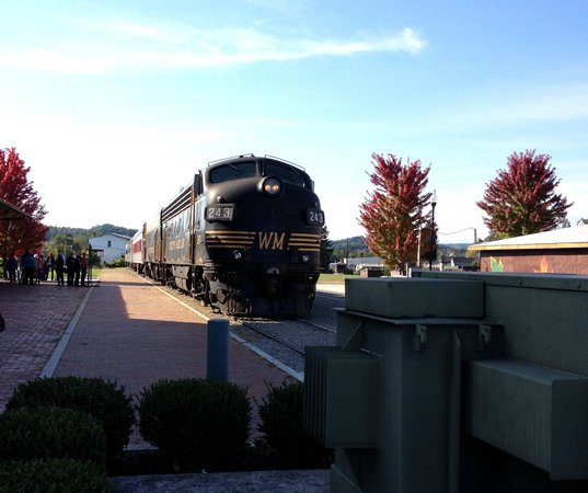 Durbin and Greenbrier Valley Railroad: ALL ABOARD