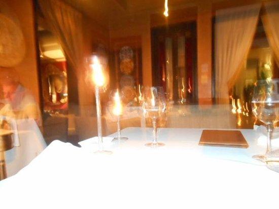 La Villa Blanche : dinning room