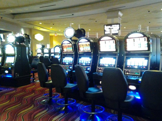 Dover Downs Casino: Casino slots