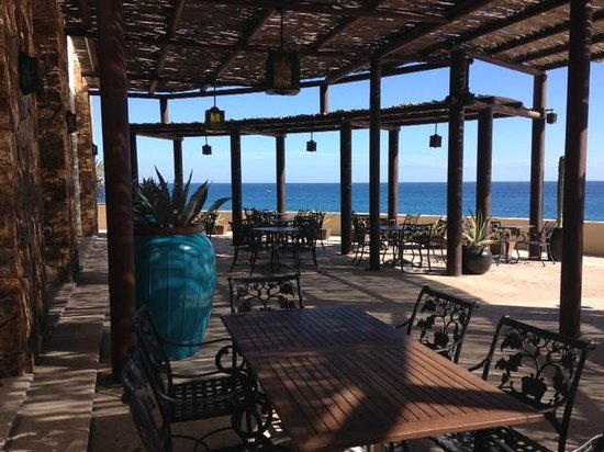 Grand Solmar Land's End Resort & Spa : Outdoor dining