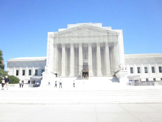 Supreme Court: Exterior