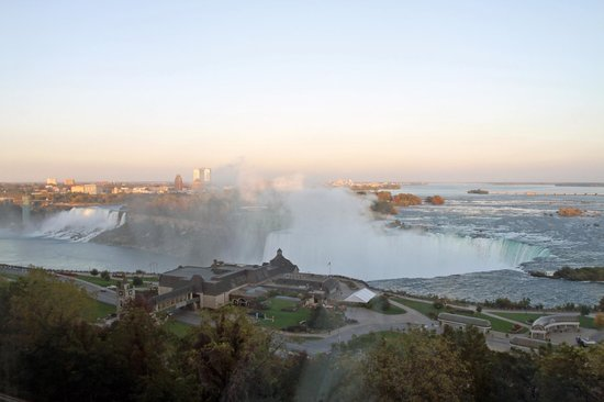 Niagara Falls Marriott Fallsview Hotel & Spa: The view from our window