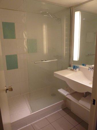 Novotel Amboise: Banheiro