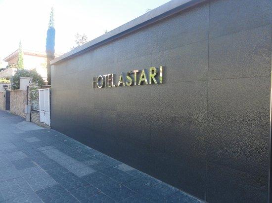 Astari Hotel : Fachada do Hotel Asttari