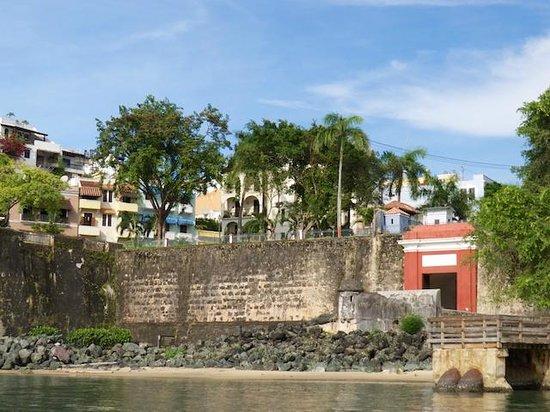 San Juan Harbor Tour Aboard La Paseadora