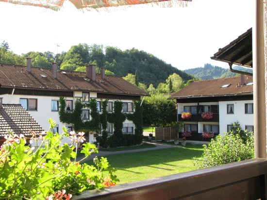 Ferienwohnanlage Oberaudorf : Apartments are near the countryside and mountains