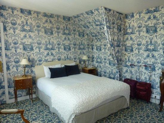 Aigle Noir Hotel : Suite