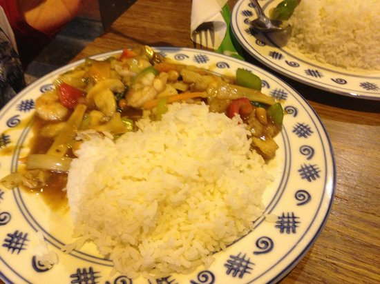 Yu Family Kitchen: chicken with oyster sauce , white rice