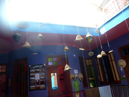 Rainbow Marrakech Hostel : Centre of riad