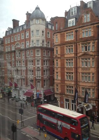Bedford Hotel: view from the hotel room
