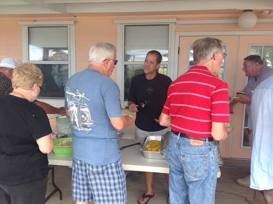 Emerald Beach RV Park : Seafood Boil! Great food!  Live music! Great fellowship.