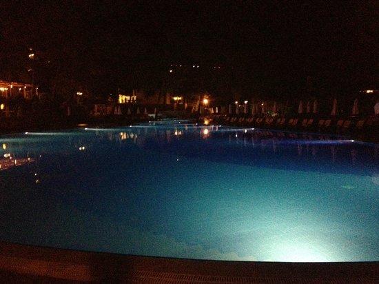 Rixos Premium Bodrum: Pool bei Nacht