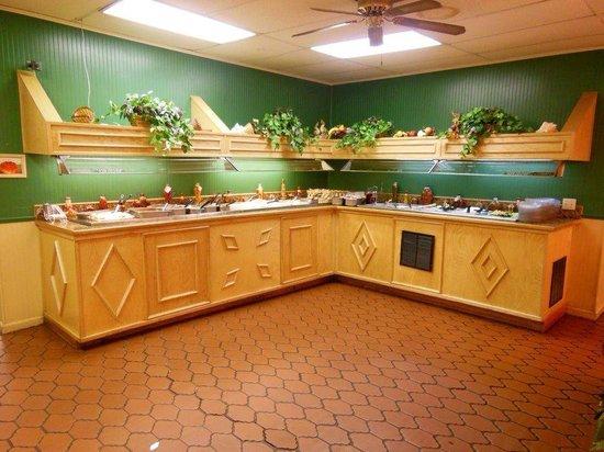 Mills River Restaurant : Salad bar: Everything is homemade! YUM!