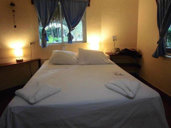 Paraiso Beach Hotel: habitación