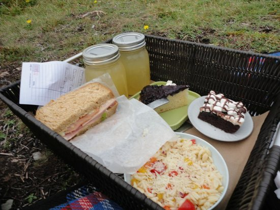 Lighthouse Picnics: Enormous sandwiches
