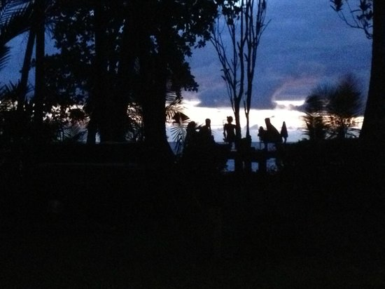 Rancho Burica: As night falls