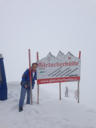 Hintertuxer Gletscher: Dress Warmly for the Glacier Top
