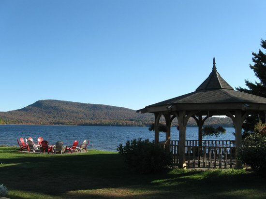 Lake Pleasant Lodge: Hotel