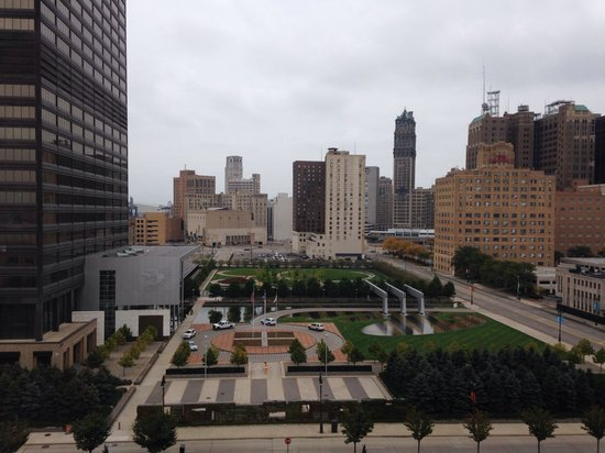 MGM Grand Detroit: Daytime from our 8th floor room. Notice the modern waterfall garden to the right