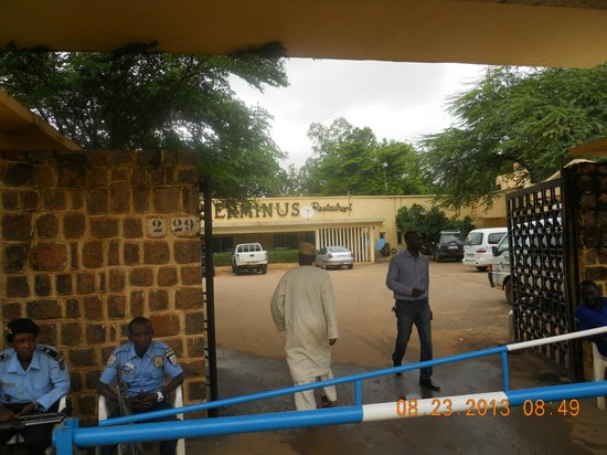 Hotel Terminus: entrance to hotel compound