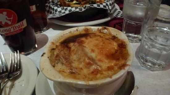 Leunig's Bistro: Soupe à l'oignon