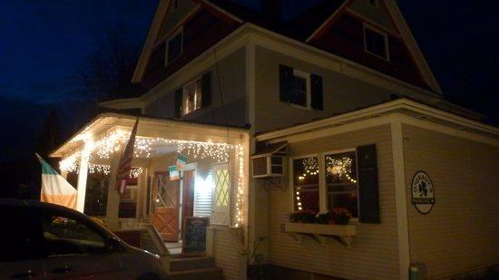 O'Grady's Grill and Bar : Vue extérieure