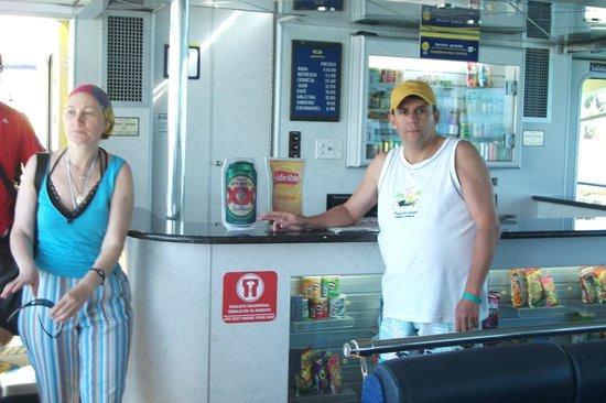 Ultramar: barzinho dentro do ferry