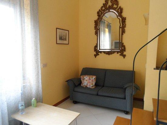 Il Pozzo: Cute sitting area
