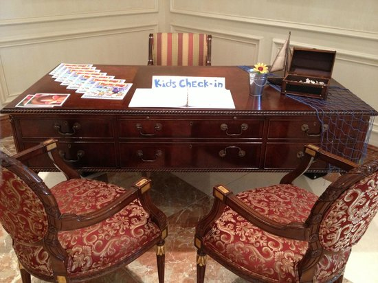 The Ritz-Carlton, Sarasota: Kids Check-In