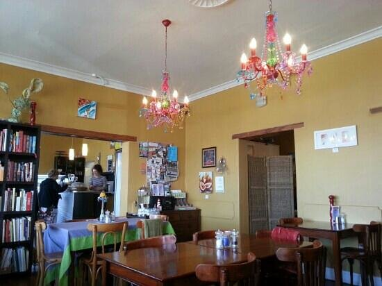 Jades Cafe: inside 14 peels place