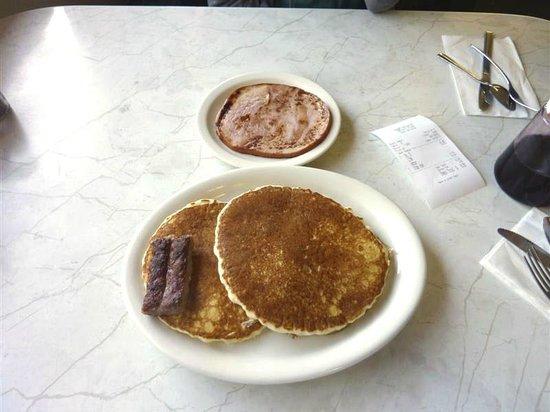 The Nugget Restaurant: Breakfast