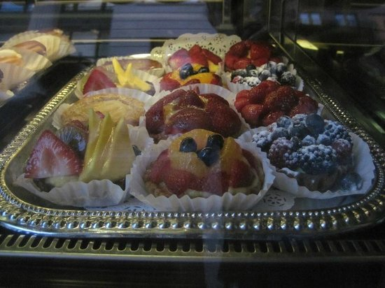 Ceci-Cela: Tempting Pastries in the window