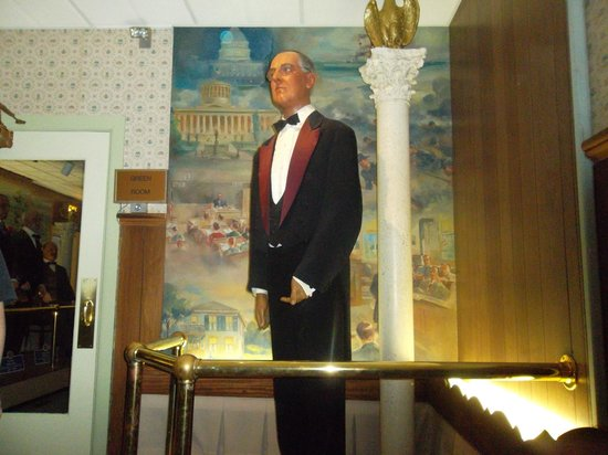Hall of Presidents & First Ladies: Pics from HOP