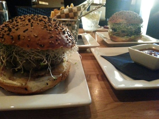 The Oakwood Canadian Bistro: Best burger in BC.