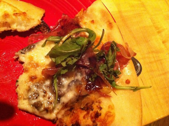 Ticino: Delusion pizza prosciutto e fichi