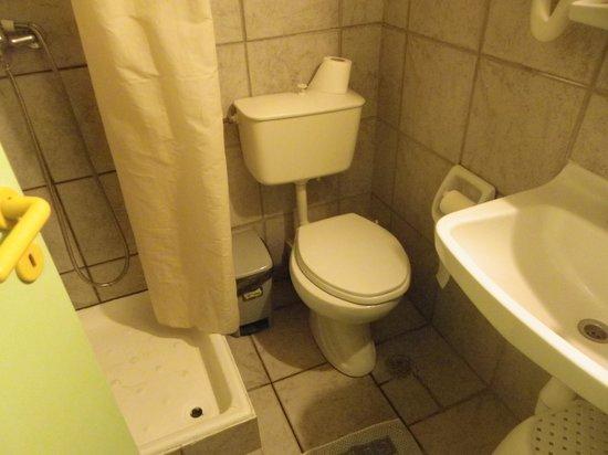 SeaBird Hotel : salle de bain,?