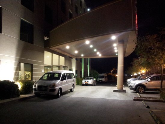 Hotel Diego de Almagro Aeropuerto : Complimentary shuttle to the airport