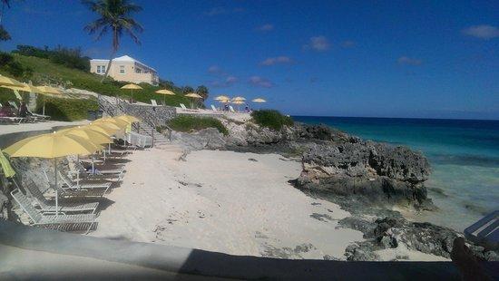 Newstead Belmont Hills Hotel: Coco Reef Private Beach