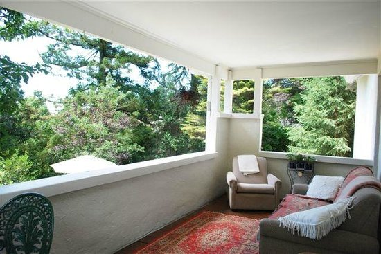 Woodford of Leura: Garden Room Balcony
