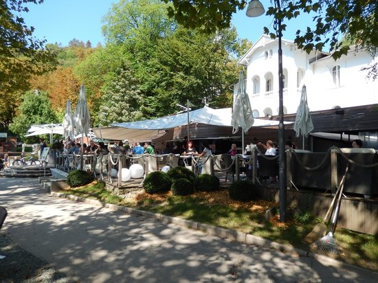 Vila Preseren: Dining deck on Lake Bled