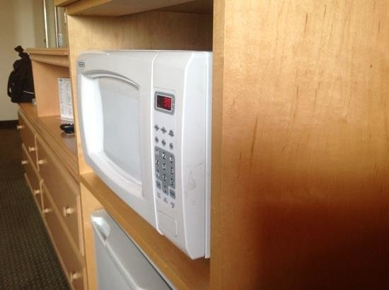Holiday Inn Express Bend : Housekeeping is all about the details... or not