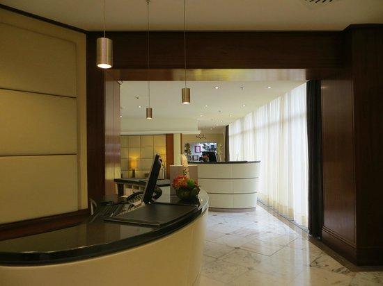 Le Meridien Parkhotel Frankfurt: lobby