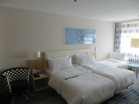 Le Meridien Frankfurt: room