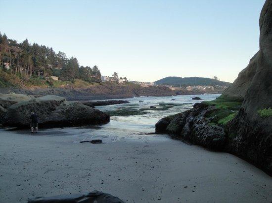 Inn at Arch Rock : The Inn's beach