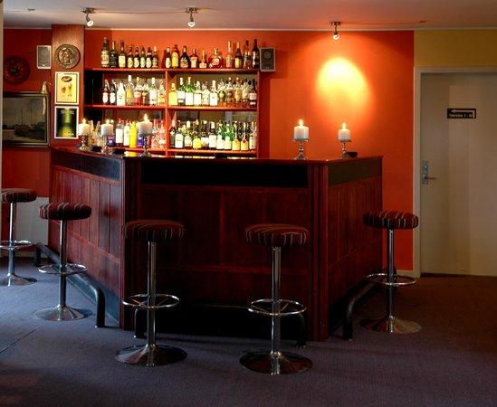 Hotel Medios Bar