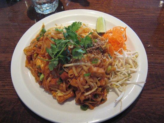 Bon Appe Thai: Pad Thai