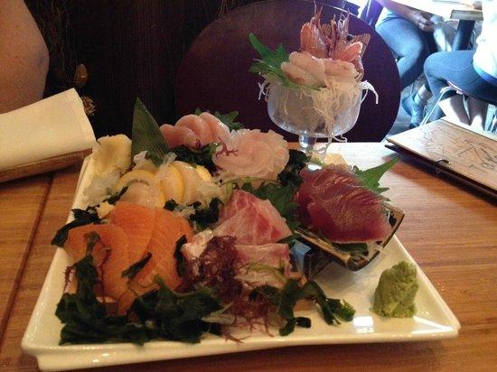 Tataki: Sushi Platter