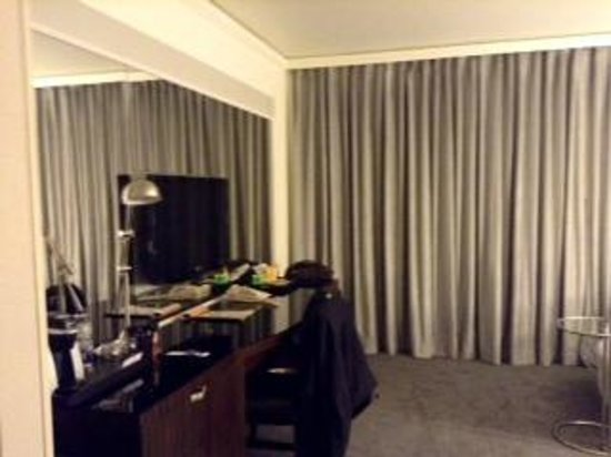Loews Hotel Vogue: Room