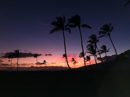 Kauhale Makai, Village by the Sea : Another beautiful sunset at the Village by the Sea
